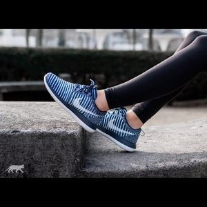 9108fb98973d8 Nike Shoes - Nike Roshe Two Fly knit Sneakers